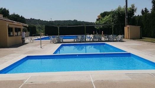 Obres de reforma del paviment (platges) de les piscines municipals